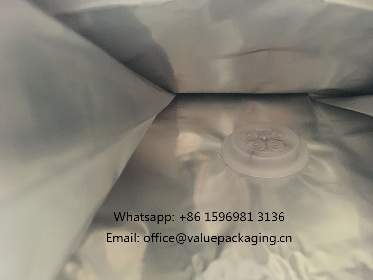 Degassing-valve-welded-onto-coffee-package-inside-view