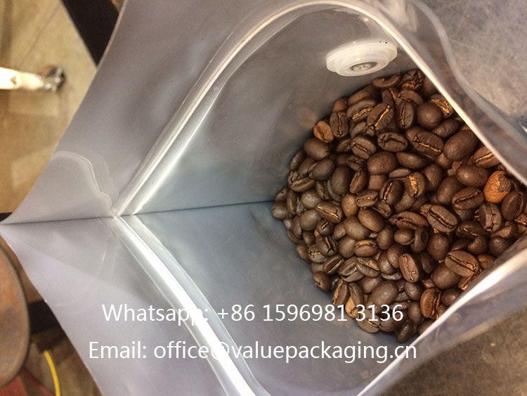 Inner-zipper-used-on-standup-coffee-bag