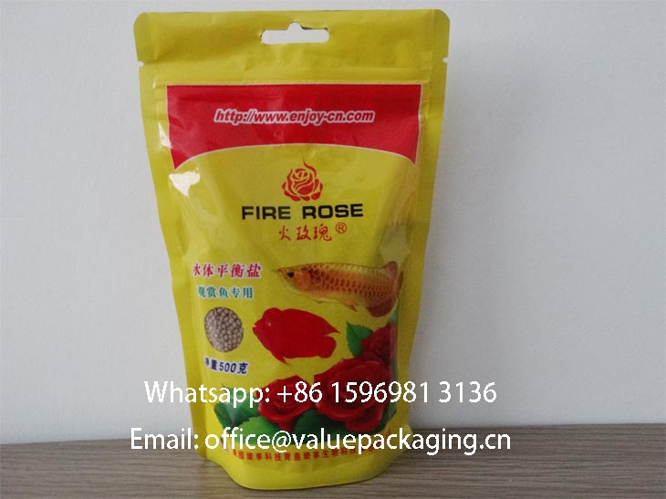 Zipper_standup_bag_for_fish_food_by_QINGDAO_flexible_converter-wm